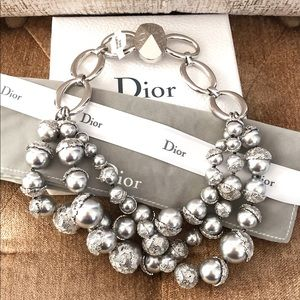 Christian Dior Mose En Dior Grey Pearl Necklace